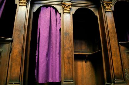 13_12_20_confessional