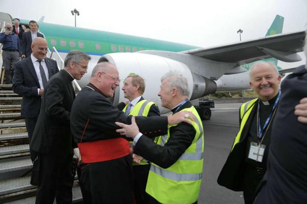 Cardinal-Dolan-Ireland-airport-2